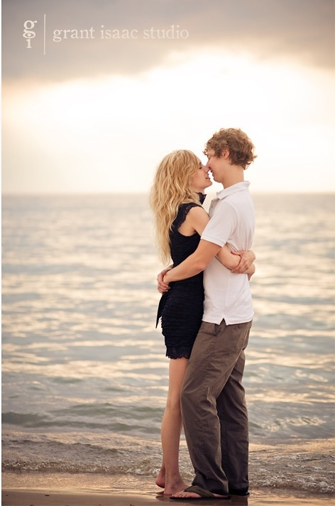 Almost kiss. Couples engagement photography.