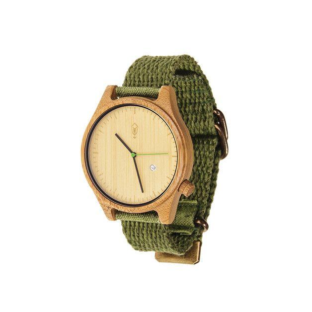 **Znajdź swoją chwilę z zegarkiem Robin Wood.** Koperta z ekologicznego bambusa i pasek w 100% z materiału konopnego. Unikalne połączenie jednych z najbardziej ekologicznych materiałów na...