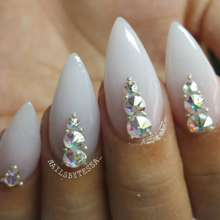 Best 25+ Diamond Nails Ideas On Pinterest | Diamond Nail Designs Bling Nails And Black Glitter ...