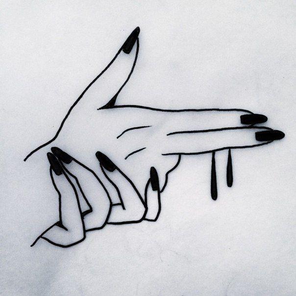 Eu amo desenhos/tatuagens de mãos (que te dão aquela impressão que é de mangá ou de propagandas antigas americanas dos anos 60).