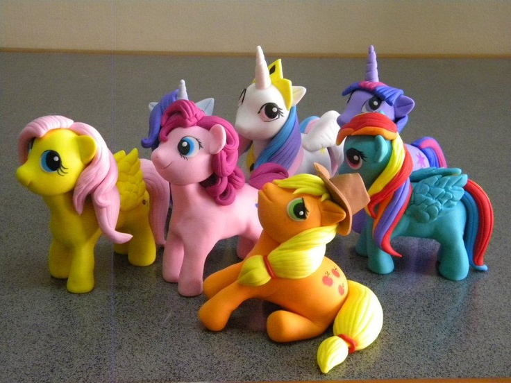 Little Pony out of fondant... claire could be in heaven!