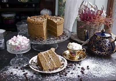 Now what is the vote for a nice cup of tea and a big slice of cake? (Image from Cupan Tae, An Original Irish Tea Shop)