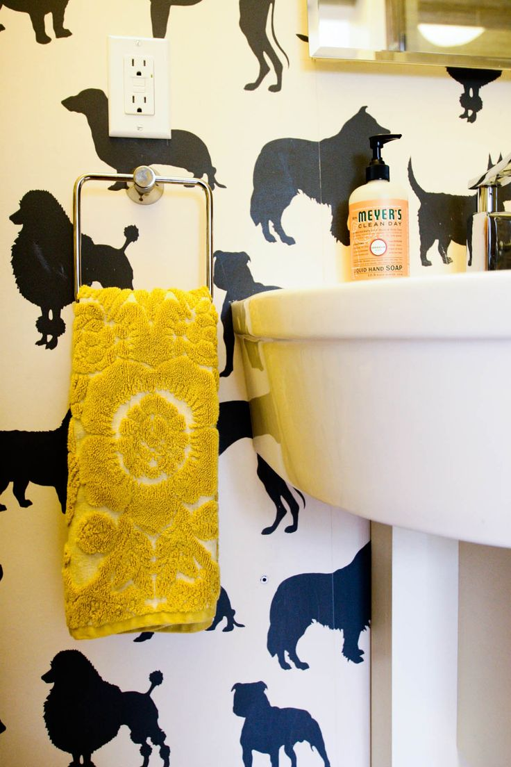 9 best wallpaper images on pinterest wallpaper for Funky bathroom designs