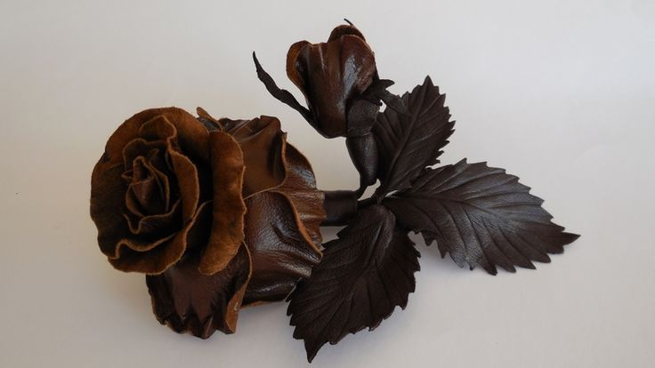Chocolate leather roses w Lela Flowers na DaWanda.com