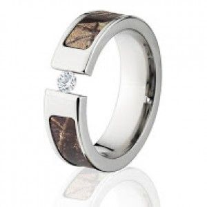 AP RealTree Camo Rings, White Sapphire Camo Wedding Rings  http://www.thejewelrysource.net/index.php/outdoor-lovers/camo-tension-rings/ap-realtree-camo-rings-white-sapphire-camo-wedding-rings.html