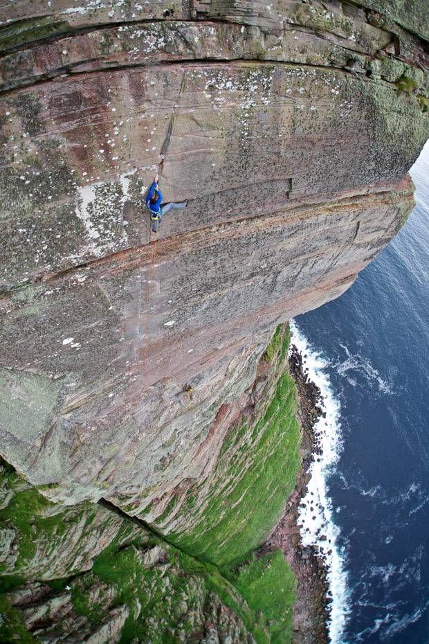 Dave MacLeod on St John's head in Scotland