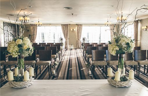 Gorgeous natural themed Winter Wedding in shades of ivory and green with personal festive touches