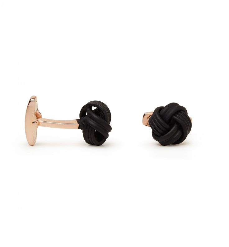 Your evening look is not complete without a timeless pair of cufflinks.