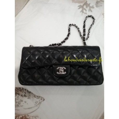 CHANEL Timless baguette