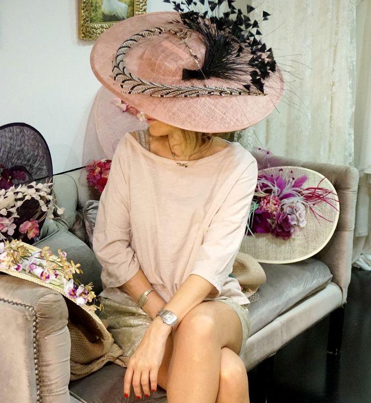 En #Lamatte siempre nos levantamos exclusivas y sofisticadas ¡Un look perfecto para invitada!