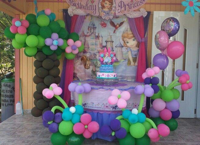 Hice esta decoracion en globos para el cumple de mi hija - Sofia calleja decoracion ...