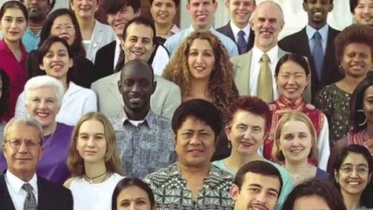 5) de ontwikkeling van pluriforme en multiculturele samenlevingen