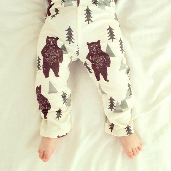 baby present, baby shower gift, stylish baby leggings, modern baby layette, organic baby clothes, organic baby leggings, standing bear
