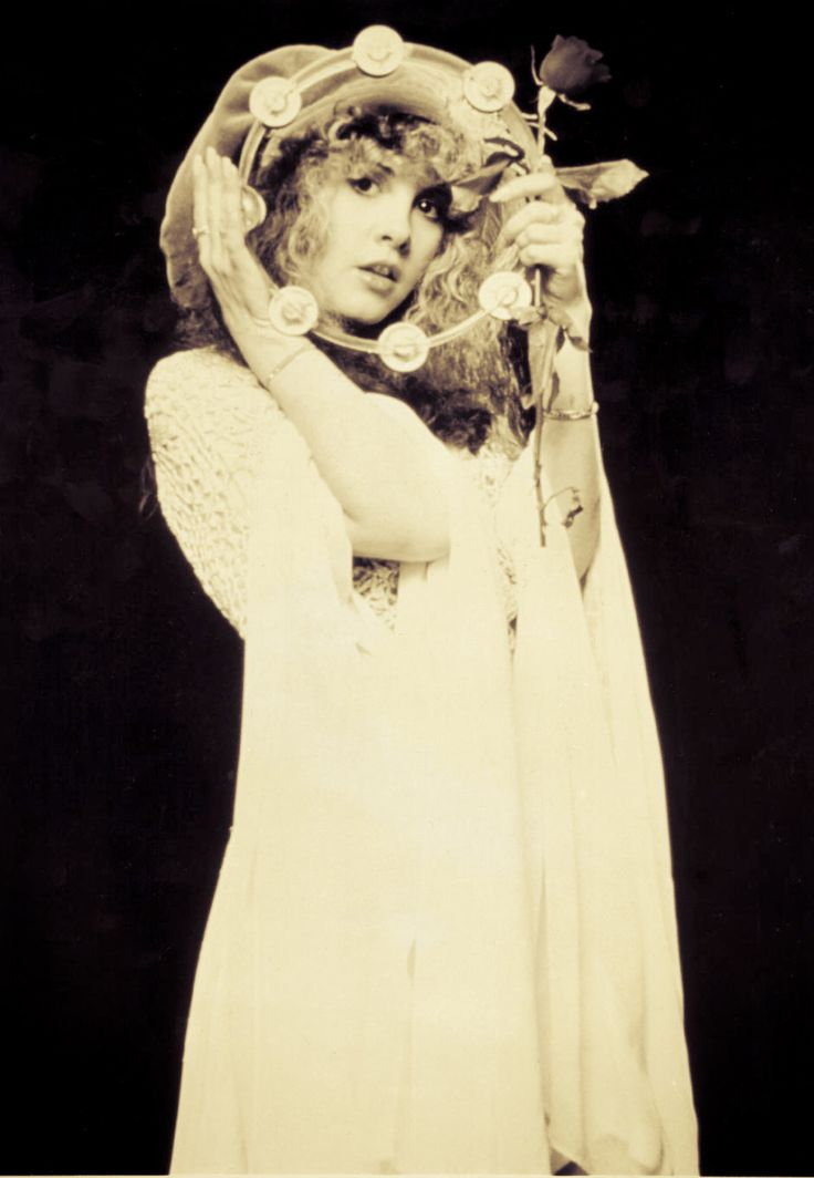 STEVIE NICKS. THE SITE: Photos