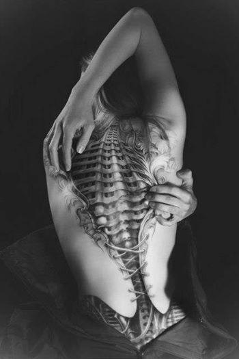 Epic bio-mechanical tattoo via Horrific Finds