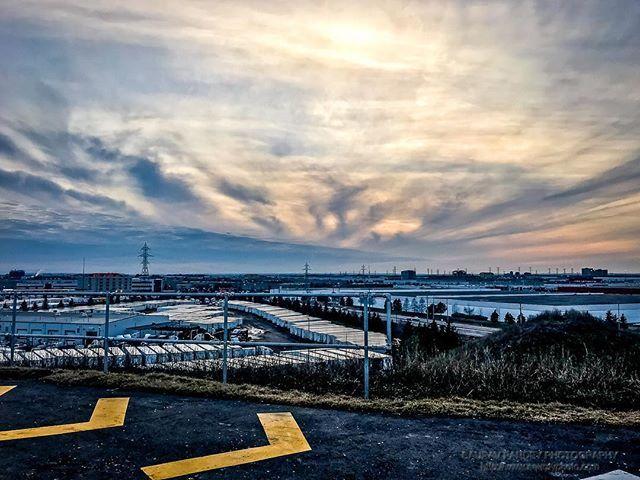 #sunset at #danville #park #iphonephotography #iphonephoto #iphone7plus #industrial #landscape #sky #clouds #dramaticsky #arrows #sauravphoto