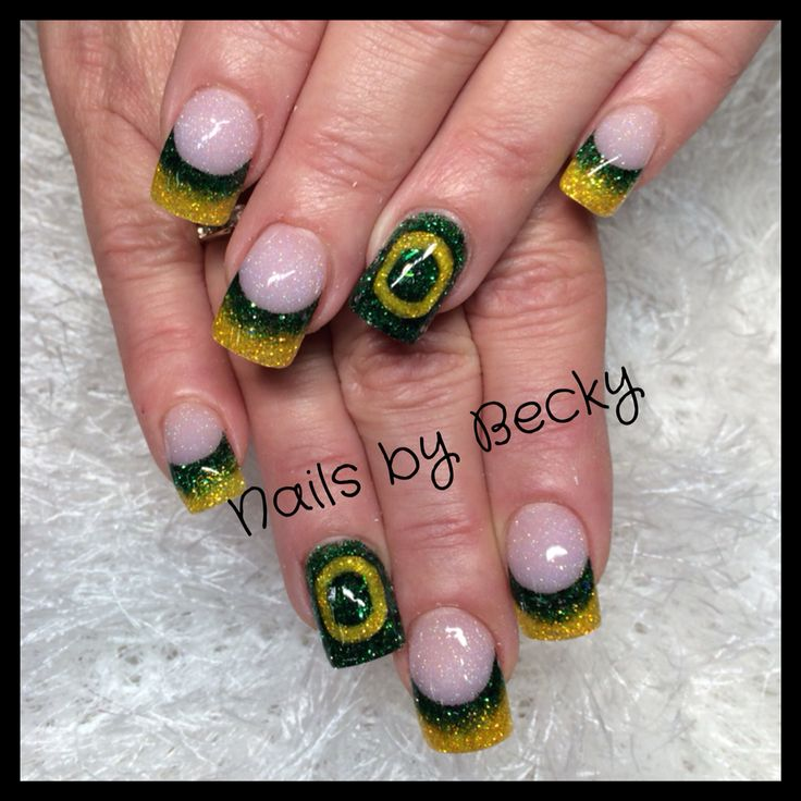 Oregon Duck Nails by Becky U of O green yellow university