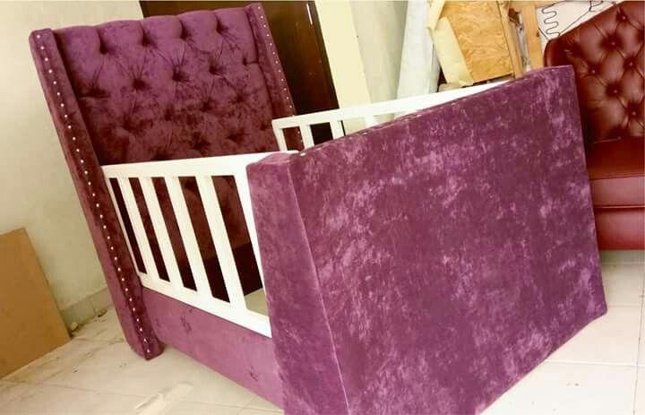 Nuevo diseño de cama infantil al estilo vintage.  Síguenos también en Facebook: https://www.facebook.com/mueblesvintagenial  Cel/whatsapp: 2226112399  www.vintagenial.com  #vintage #retro #trendy #love #deco #fashion #hechoenmexico #muebles #cama #cabecera #puebla #mobiliario #mexico #glamour