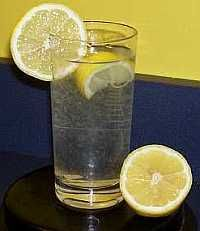 Lemon water mixed correctly, should not be clear. To get the benefits of lemons, use the pulp + the juice too!!