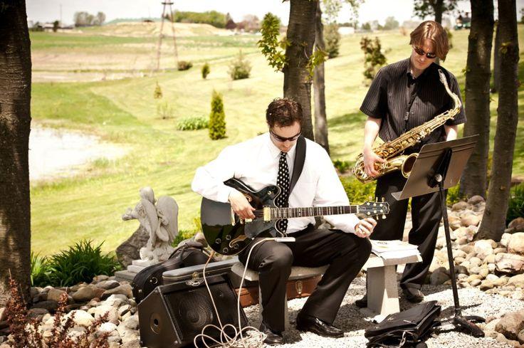 Classical music was chosen for this garden wedding.