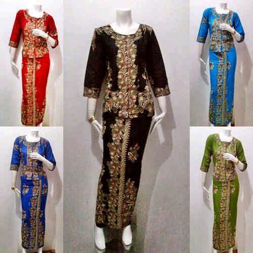 50 best Batikkkk images on Pinterest  Batik dress Kebaya and