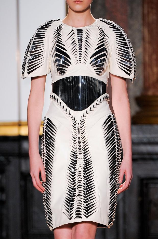 Creative Cuts - sculptural dress with symmetrical 3D surface pattern detail // Iris Van Herpen