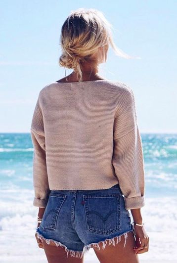 beach sweaters + levis