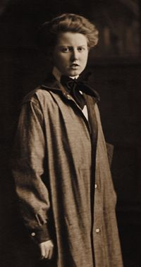 Anna Wagner Keichline (1889-1943) Born in Bellefonte, Pennsylvania, in 1889, architect, inventor, suffragist, and World War I Special Agent