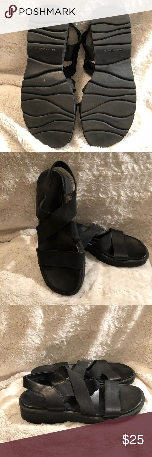 🆕 HUSH PUPPIES BLACK STRAPY LOW HEEL SANDAL Hush Puppy Black STRAPY Sandal➖Size 8 1/2➖Black Leather Strap Across Toes➖Thicker Fabric Criss Cross Strap Across Top of Foot➖Lower Heel➖Very Comfortable➖Worn Couple Times Hush Puppies Shoes Sandals