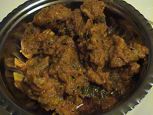 Dhooan Dahi Gosht recipe. Dhooan Dahi Gosht is a thick creamy meat curry serve with rice and green salad. Posted by Samar.