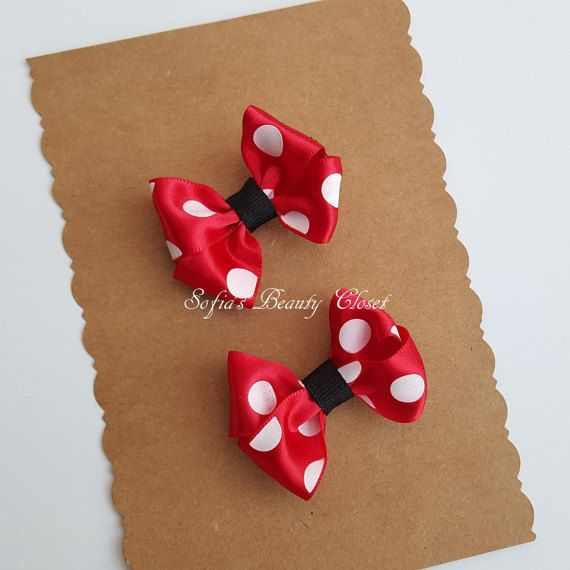 Non-slip grips. Minnie mouse hair clip. by SofiasBeautyCloset