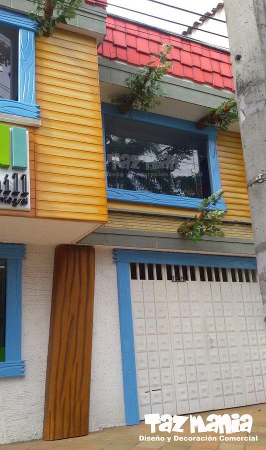 la idea del proyecto fue recrear una gran casa en el rbol a la fachada exterior