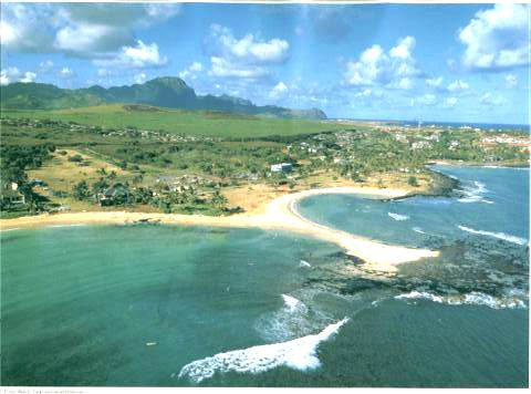 Poipu beach <3 Best snorkeling in Kauai. As my momma taught me, boogie boarders in the left cove, snorkelers in the right cove.