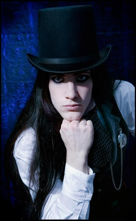 come join our long haired men group @ http://www.facebook.com/groups/LongHairedMen/
