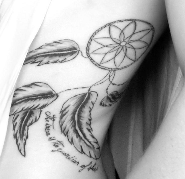 Attrape-rêve sur mes côte.  tatouage  Pinterest