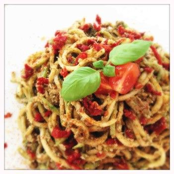 Zuchini Pasta with Sundried Tomato Pesto