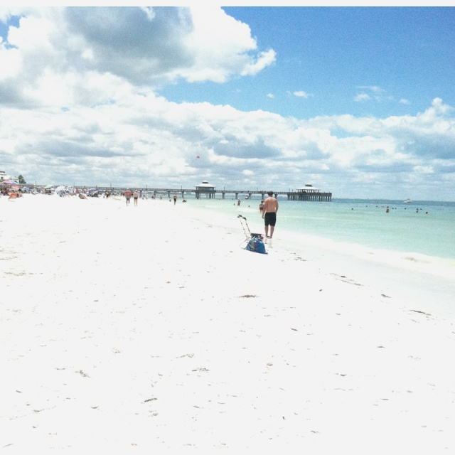 Ft Myers Beach, Florida ... Can't wait for our anniversary in October!!! See ya on the flip side Ft. Myers!