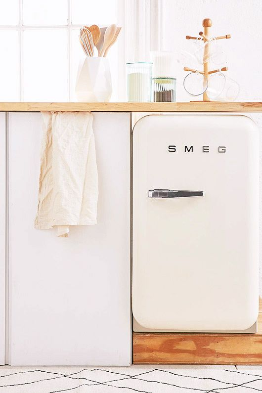 smeg mini-fridge from urban outfitters. / sfgirlbybay