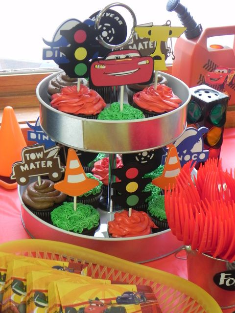 Cupcakes at a Cars Party #cars #partycupcakes