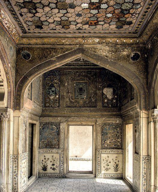 Naulakha Pavilion - Sheesh Mahal - Lahore by Irfan zahiD.