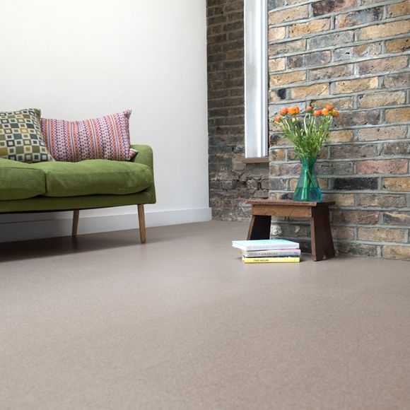 A modern pale cork floor. Great value, natural, sustainable and highly insulating. Get free cork floor samples then Buy Direct from the UK for less