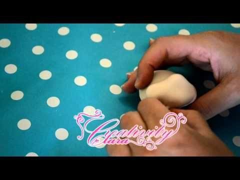 Tutorial Topolino in pasta di zucchero Mickey Mouse sugar paste tutorial cake topper torta decorata