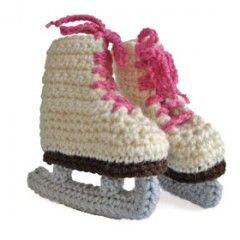 Crochet ice skates baby slippers!