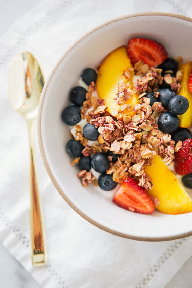 Raspberry Granola {Vegan + GF} via A House in the Hills