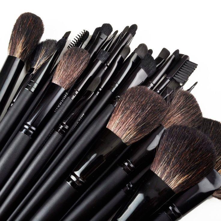 eBoTradeTech 32 Pcs Professional Cosmetic Makeup Brush
