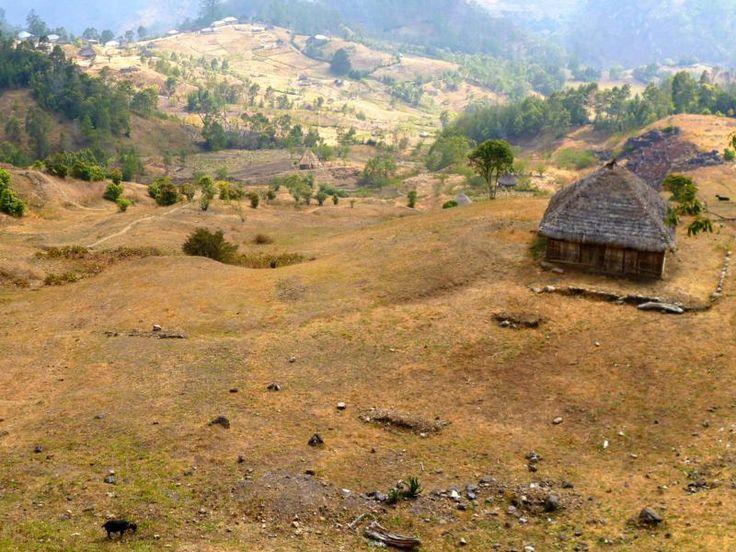 18km-Wanderung im unberührten Timor-Leste (Osttimor) nach Hatubuilico