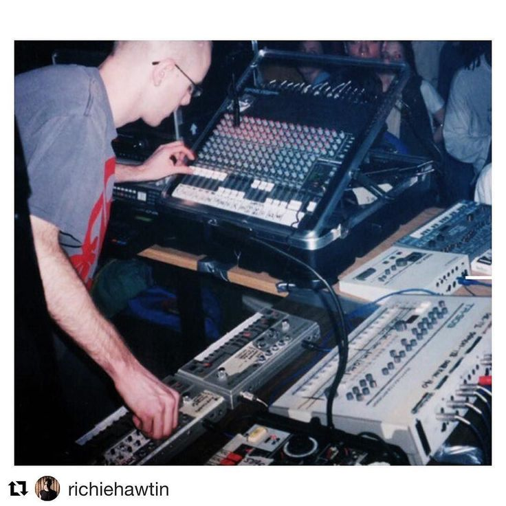 #Repost @richiehawtin  If you look closely at this photo from one of my early Plastikman shows in 1994 you'll realize that every piece of equipment (except the mixer) is from one manufacturer.  Touched by the inventive mind of a man who shaped not only my sound but a generation of electronic musicians and who nearly single handedly set the foundation for a specific musical genre very close to my heart Acid House.  The passing of Roland founder Ikutaro Kakehashi is a sad day for all of us but…