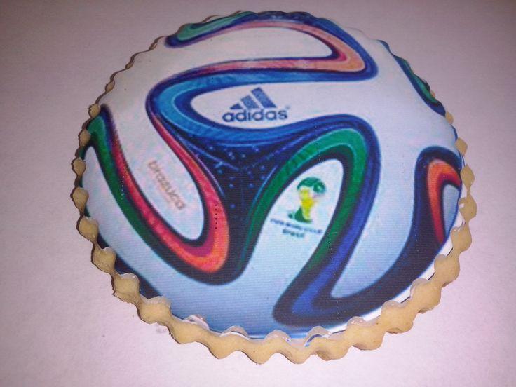 galleta con la impresion comestible del balon del mundial