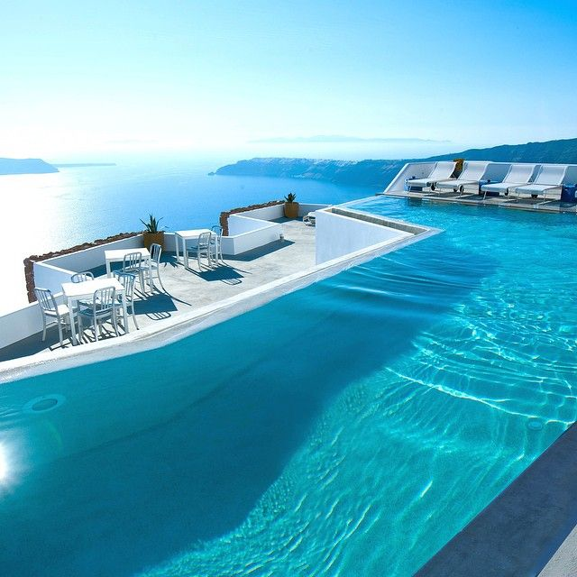 17 best images about piscinas pools on pinterest for Grace hotel santorin