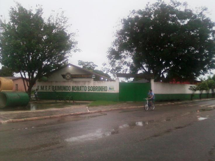 Casa da Amizade Rotary Clube de Paragominas na manhã chuvosa de 10 de maio 2013.